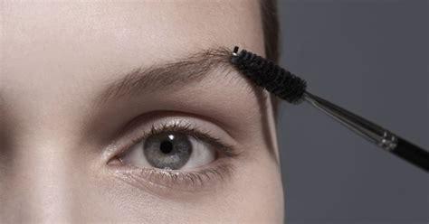La teinte que l'on devrait toutes utiliser pour maquiller ...