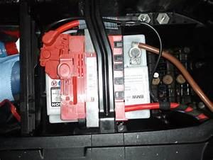 Batterie Bmw 320d : batterie wechseln bmw 1er e81 e82 e87 e88 ~ Medecine-chirurgie-esthetiques.com Avis de Voitures