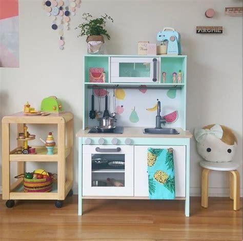 cuisine dinette en bois 17 meilleures idées à propos de ikea play kitchen sur