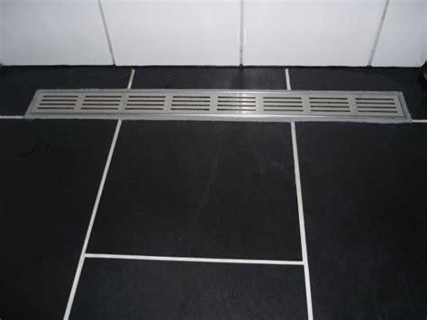 drain badkamer douche drain loopt niet goed door werkspot