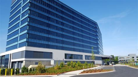 Daimler Unveils Its Sparkling New Headquarters At Swan