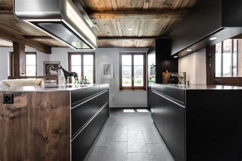 Moderne & Tradition In Einer Küche