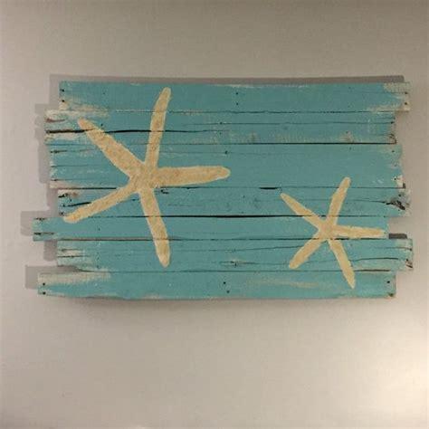 d馗oration surf chambre 1000 idées sur le thème plage enfants chambres sur maisons de plage bois et décor de surfeur