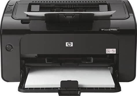 طابعة ليزر هب لاسرجيت برو p1102 هي نموذج المدرسة القديمة التي تتخصص في الطباعة أحادية اللون. تعريف طابعة HP LaserJet Pro P1102 ليزر للكمبيوتر
