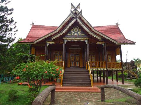 gambar gambar rumah adat indonesia dan keterangannya