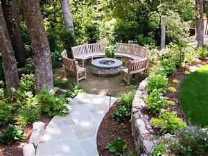 Best outdoor fire pit ideas to have the ultimate backyard for Backyard with fire pit landscaping ideas