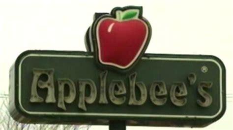 applebee preschool applebee s sued after giving toddler on air 593