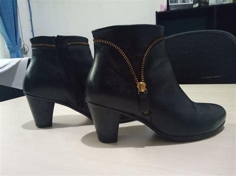 Sepatu Merk Laviola Uk 37 38 jual sepatu ankle boots wanita boots pendek warna hitam