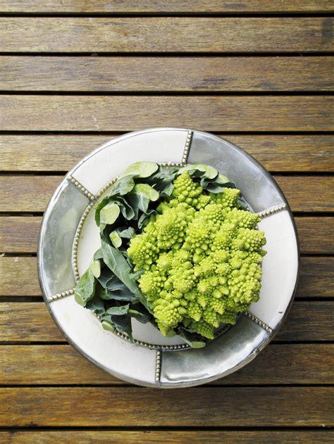cuisiner le chou romanesco le chou romanesco quels fruits et légumes de saison en