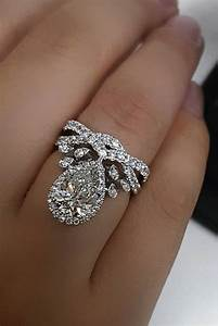 21 Unique Engagement Rings That Will Make Her Happy Oh