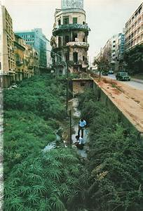 National Geographic February 1983 Beirut Up From The