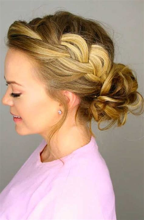 latest and cute messy bun hairstyle for women the wow style