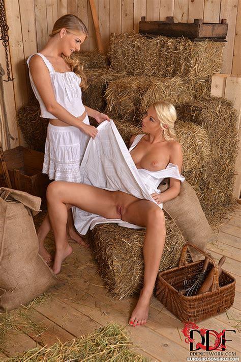 Euro Babes Db Lesbian Farm Girls Sex