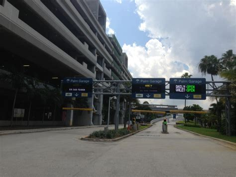 fort lauderdale airport palm garage fll palm garage daily parking in fort lauderdale parkme