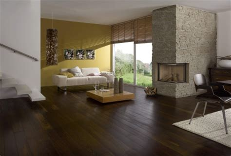 Holzboden Variantenreich Und Langlebig by Holzfu 223 Boden Ein Nat 252 Rlicher Bodenbelag Ist Im Trend