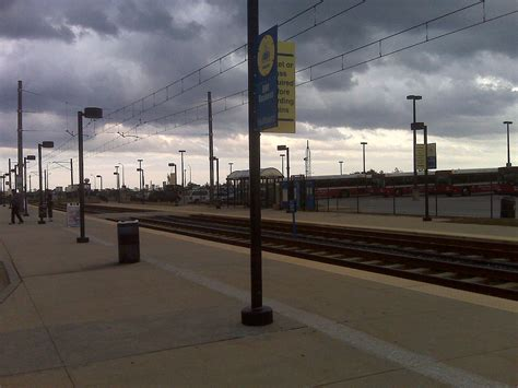 bwi light rail bwi business district station
