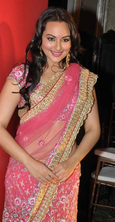 pin by piccz piczz on indian actor saree saree sonakshi sinha