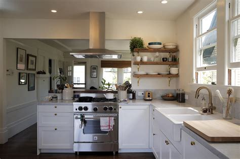 Chef?s kitchen adds light, flow to entire Oakland home