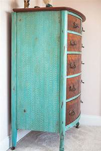 154 best Painted Dressers/Chest of Drawers images on