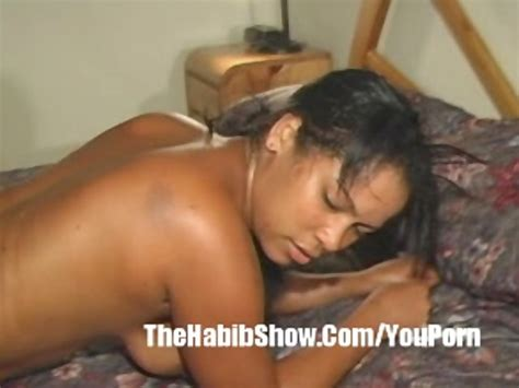 18 Year Old Dominican Pussy Filmed For First Time Free