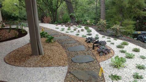 Garden Decoration Pebbles by Gravel And Pebbles Garden Decoration Ideas Minimalist