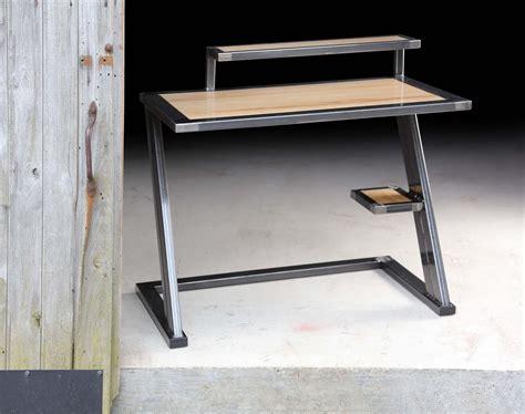 bureau industriel metal et bois bureau bois metal design industriel loft meubles et