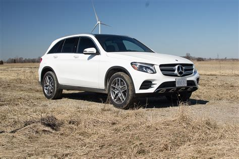Mercedes claims the glc 300's extra horses of the updated glc 300 help it scoot to 60 miles per hour in 6.1 seconds, or up to 0.3 second quicker than. 2018 Mercedes-Benz GLC 300 Review - AutoGuide.com News
