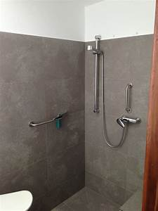 Behindertengerechtes Badezimmer Planen : behindertengerechtes bad men at work lanzarote ~ Michelbontemps.com Haus und Dekorationen