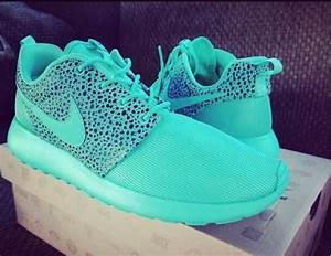 Roshes | Can I have your shoes? | Pinterest