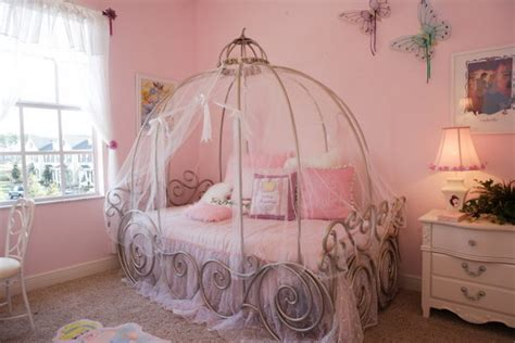 Amazing Girls Bedroom Ideas: Everything A Little Princess Needs In Her Bedroom   Hative