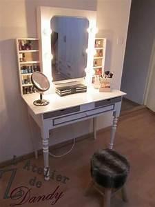 Miroir Coiffeuse Lumineux : une ancienne table de toilette restaur e en coiffeuse ~ Teatrodelosmanantiales.com Idées de Décoration