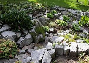 Steingarten Am Hang : steingarten am abhang nicht besonders sch n gestaltet ~ Eleganceandgraceweddings.com Haus und Dekorationen