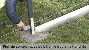 Poser Un Grillage Sans Ciment : montage d 39 une cl ture aluclos avec un soubassement youtube ~ Dailycaller-alerts.com Idées de Décoration
