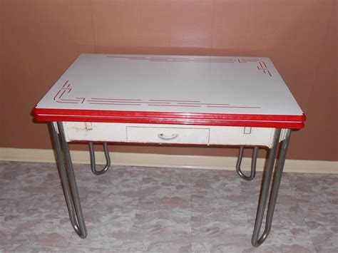 white vintage table l vintage white w red trim enamel porcelain leaf kitchen