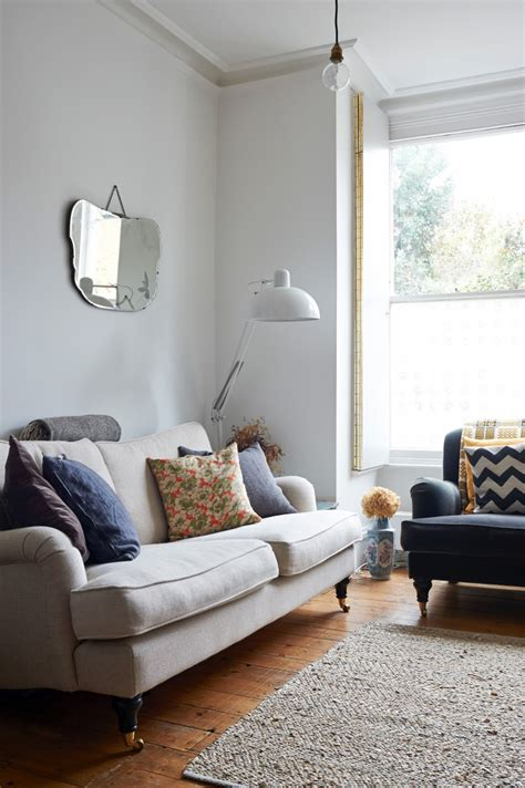 buy a settee how to buy a or sofa that will last expert advice