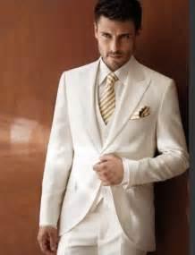 mens wedding tuxedos best 25 tuxedos ideas on groom tuxedo groomsmen tuxedos black and black tuxedo wedding