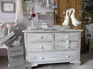 Möbel Auf Alt Streichen : shabby chic wohnzimmer ~ Michelbontemps.com Haus und Dekorationen