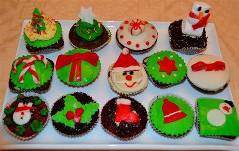 christmas cupcakes deezert christmas cupcakes