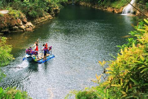 lokasi tujuan wisata indonesia menikmati kesegaran air