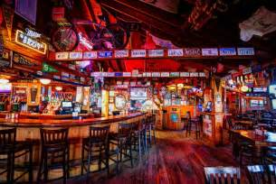 howards pub and bar outer banks vacation guide
