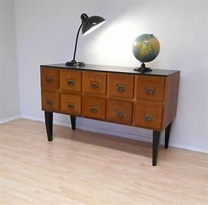 Tv Tisch Vintage : tv tisch archive retro salon cologne ~ Whattoseeinmadrid.com Haus und Dekorationen