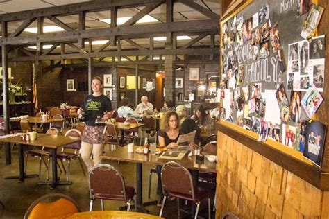 Country Kitchen Restaurant Bakery Visitreddingcom