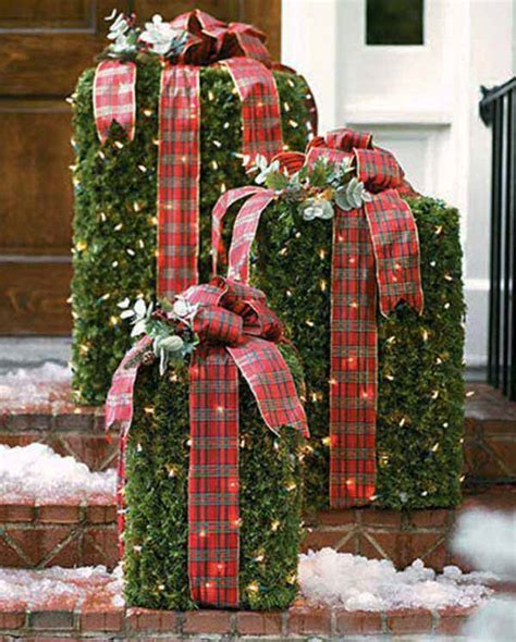 Top Christmas Decorations 2018  Christmas Celebration. Outdoor Christmas Decorations For Front Porch. Christmas Decorations For Cubicles Photos. White Christmas Decorations Pictures. Decorations Christmas Sale. Ideas For Christmas Tree Colour Schemes. Pics Of Indoor Christmas Decorations. Animated Christmas Decorations Outdoor. Large Christmas Decorations For Shopping Centres