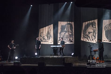 Tegan And Sara Strip Down Songs And Souls At The State