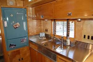 Image Gallery trailer interiors