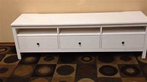 Tv Bank Hemnes : ikea hemnes tv stand youtube ~ Watch28wear.com Haus und Dekorationen