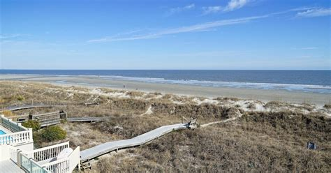 Beautiful, DIRECT Oceanfront Home in Singleton Beach - 10 ...
