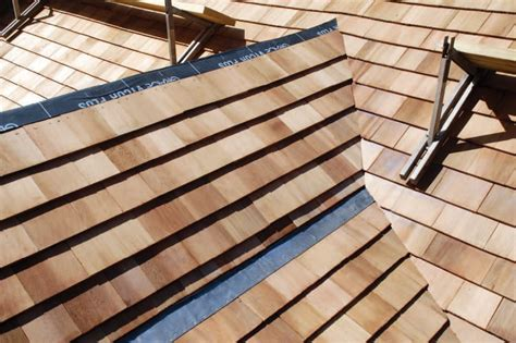 weaving  cedar roof valley jlc  roofing