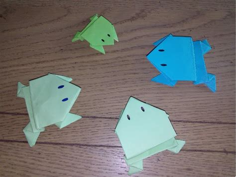 Origami Facile  La Grenouille Sauteuse (the Frog Par