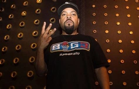 ice cube signs  interscope records  beat  fm